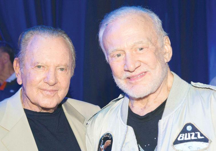 Organización no gubernamental promueve una misión no tripulada israelí a la Luna, con apoyo de Aldrin