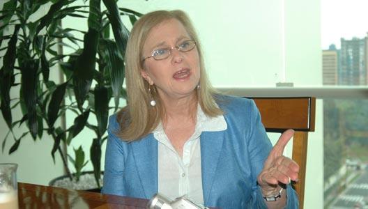 """Embajada/Aniversario. Dorit Shavit destacó """"la valentía y el entendimiento"""" de Macri al denunciar el terrorismo"""