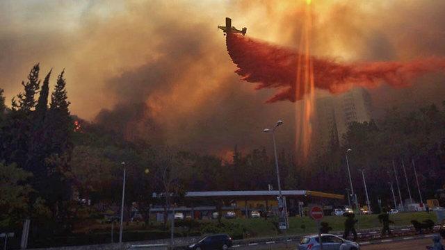 Se agravan los incendios en Israel: los equipos de bomberos batallan contra las llamas por tercer día consecutivo