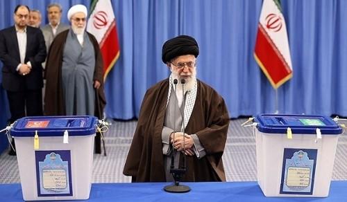 Irán. Comenzó la votación en las elecciones legislativas y de la Asamblea de Expertos