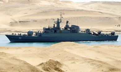 barco_irani_suez