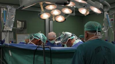 doctors-in-surgery-635×357