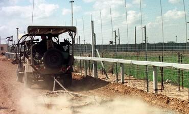 jeep_patrulla_valla_gaza