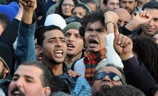 manifestantes_tunez