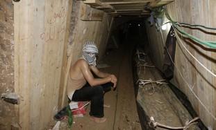 palestino_dentro_tunel