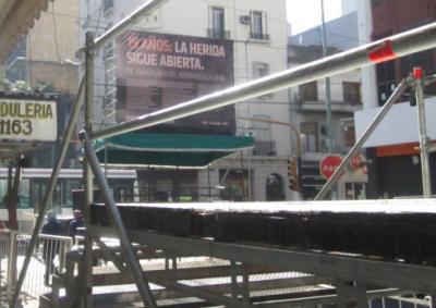 parativos_escenario_cartel