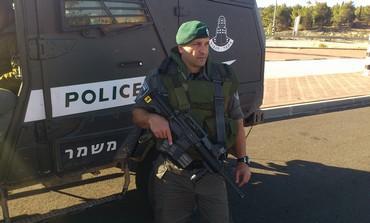 policia_con_helicoptero