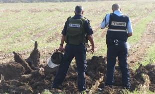 sil_en_tierra_con_policias
