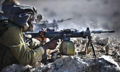 soldado_israeli_dispara