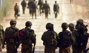 soldados_caminan