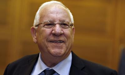 ven-rivlin-is-more-haw-011