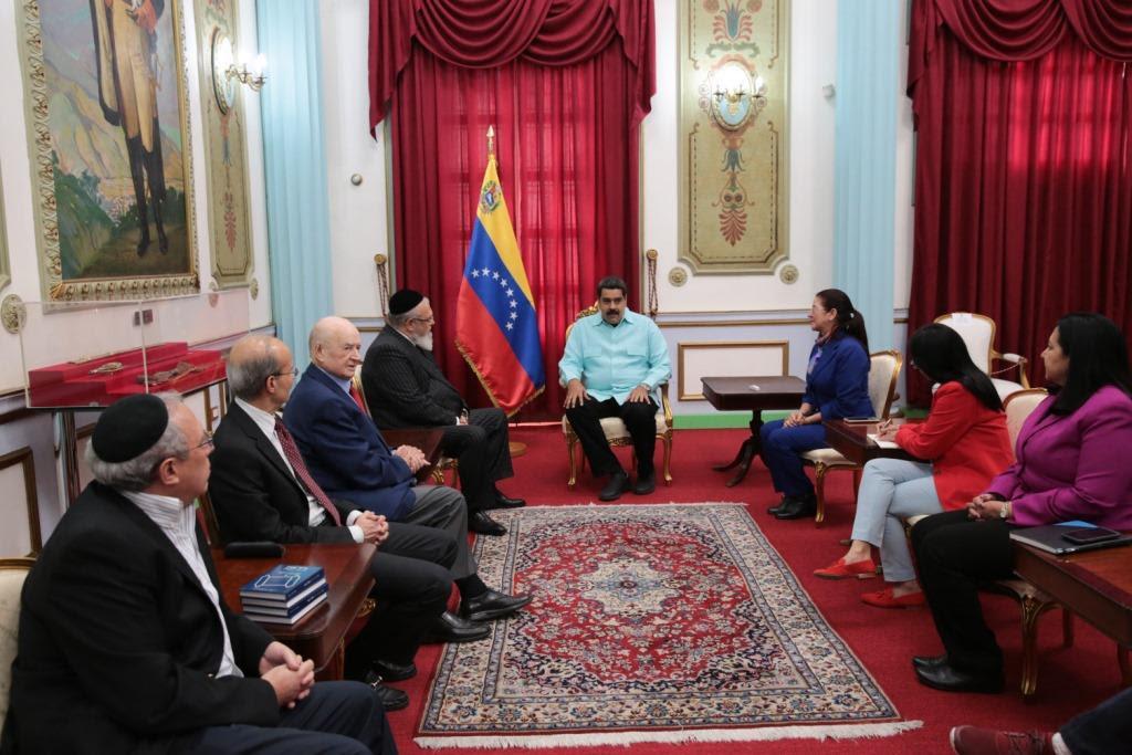La  CAIV se reunió con el Presidente Nicolás Maduro