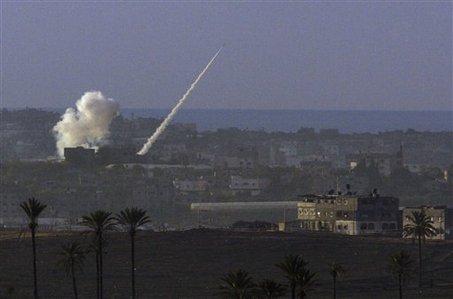 Terroristas disparan un misil desde la península del Sinaí contra Israel durante la visita de Trump