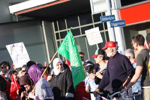 """Denuncian que """"Suiza financia organizaciones que llaman a la aniquilación de Israel y la muerte de judíos"""""""
