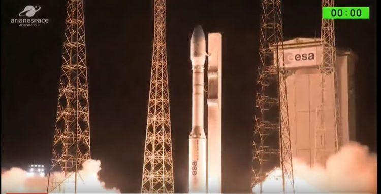 satelite 1