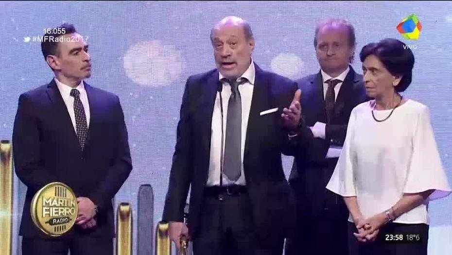 Martín Fierro: La DAIA repudió los insultos antisemitas contra Leuco en la entrega de premios