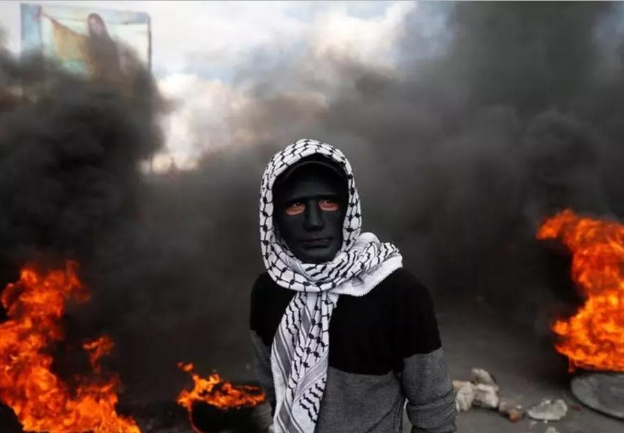 Revoltoso palestino