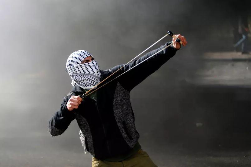 palestino piedras