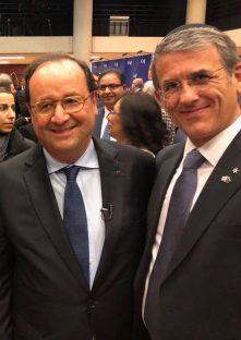 François Hollande junto a Zbar.