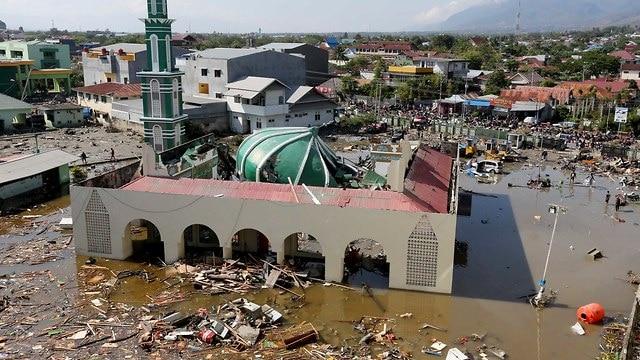 tsunami indonesia