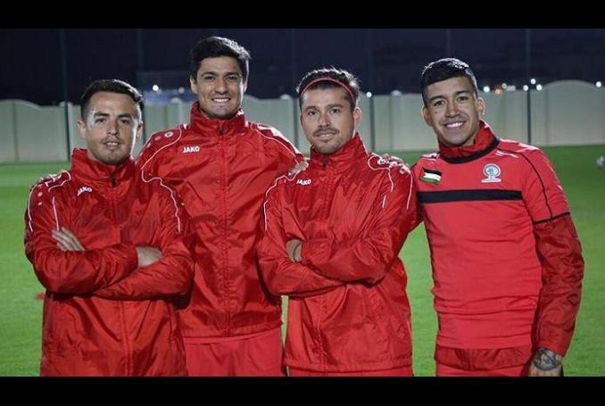 Algunos de los jugadores chilenos que forman parte del plantel (Pablo Tamburrini, Yashir Pinto, Alexis Norambuena y Jonathan Zorrilla)