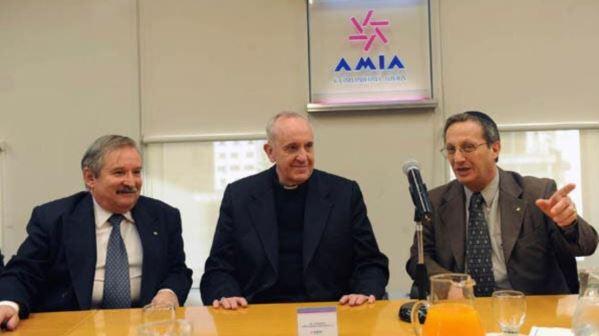 Jorge Bergoglio junto a Julio Schlosser y Guillermo Borger