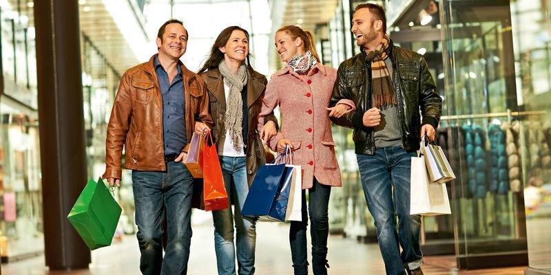 Shoppende-Menschen_panorama