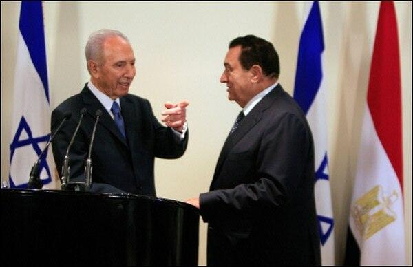 mubarak y shimon peres