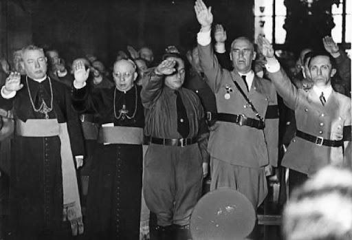 curas nazis