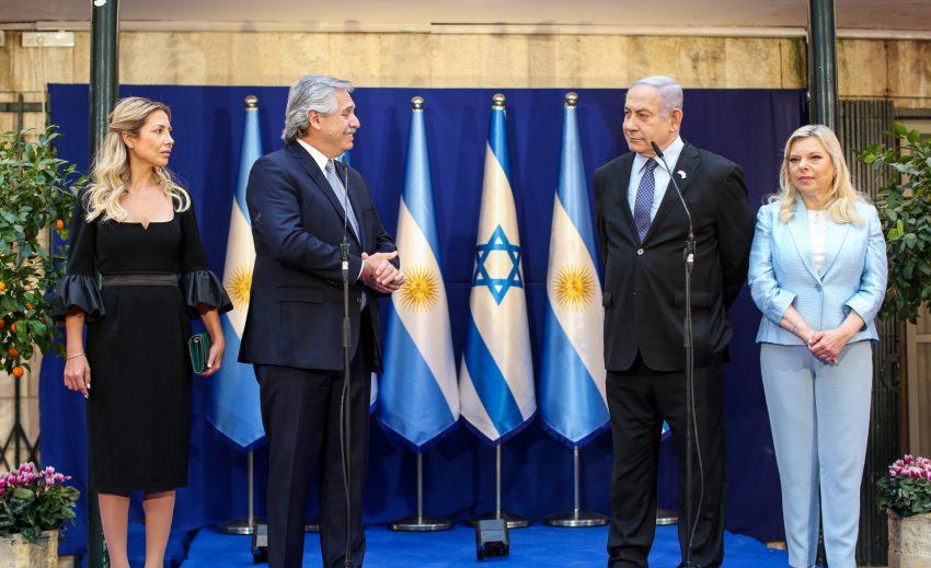 Fernandez_Netanyahu-cropped
