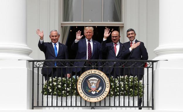 2020-09-15T175230Z_1376176542_RC25ZI9K4TJQ_RTRMADP_3_ISRAEL-GULF-USA_i