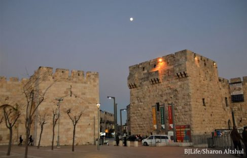Jerusalem Lockdown 3 Jaffa Gate and Road 038 (2)