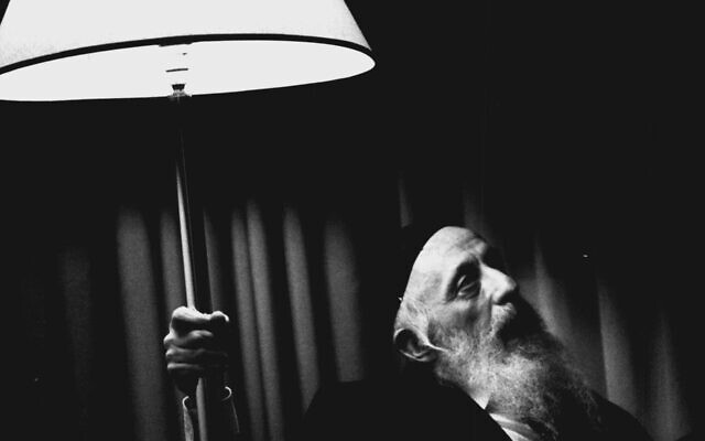 Rabbi Abraham J. Twerski helping Drugies & Alcoholics by restoring their self esteem.