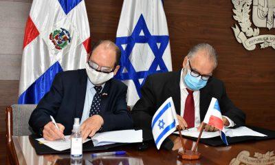 MIGUEL CEARA HATTON – Firma Embajada de Israel (1)