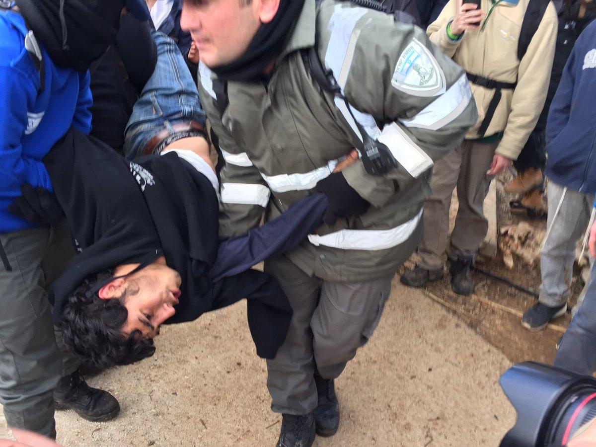 Israel. Violentos incidentes en desalojo de Amona: al menos 15 detenidos y otros tantos uniformados heridos