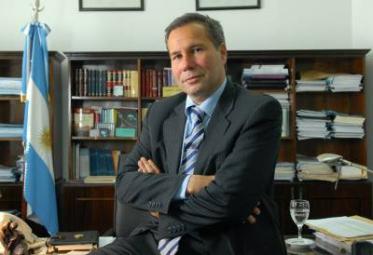 """Nisman/Aniversario. Acto será en la puerta de la UFI AMIA y hablarán su hija Iara, un fiscal y una """"personalidad"""""""