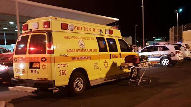 Ataque a puñaladas en un puesto de control de Kalandia, en la frontera con Jerusalem