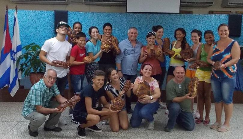 """David Prinstein: """"Nos sentimos como hijos de padres divorciados porque somos nacionales cubanos, pero amamos a Israel"""""""