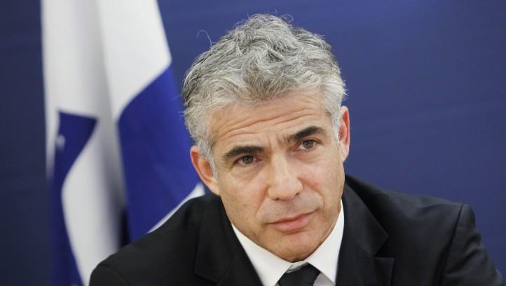 """Lapid: """"El nuevo rabino jefe de las FDI debe indicar su apoyo al reclutamiento de mujeres"""""""