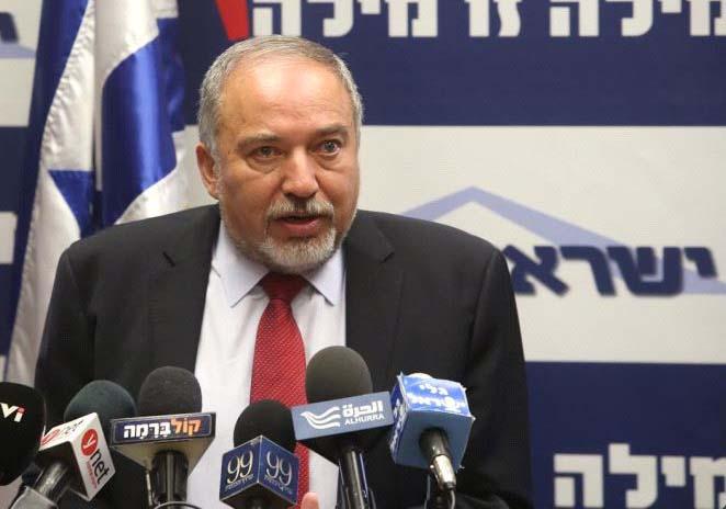 """Liberman: """"Israel está trabajando para frustrar el contrabando de armas a Hezbollah desde Siria"""""""