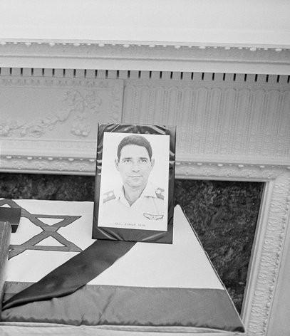 Escribí a Carlos el Chacal, y se revivió un caso de asesinato israelí, por Adam Goldman