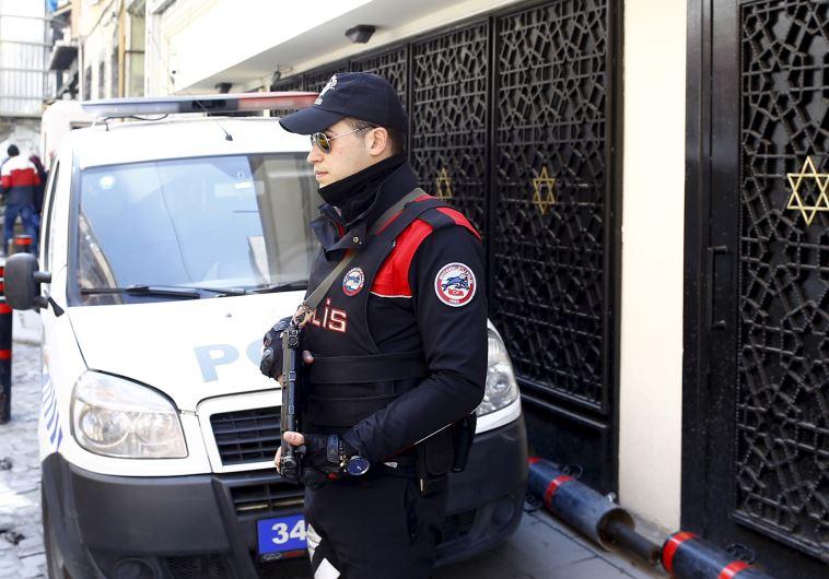 Los judíos turcos piden que haya una mayor seguridad estatal ante la amenaza de ISIS
