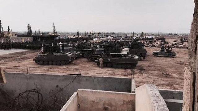 Hezbollah mostró sus tanques y misiles en Siria